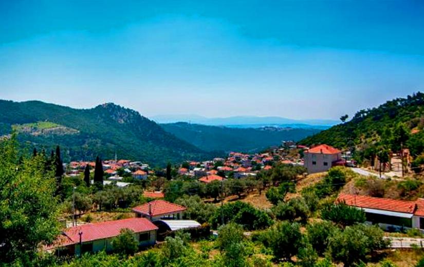 Karabağlar Gezilecek Yerler : Kavacık Köyü